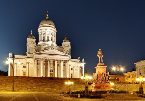 Helsinki  Кафедральный собор и Сенатская площадь